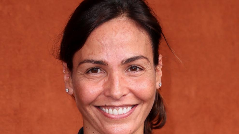 Inés Sastre luce manchas en la piel sin complejos.
