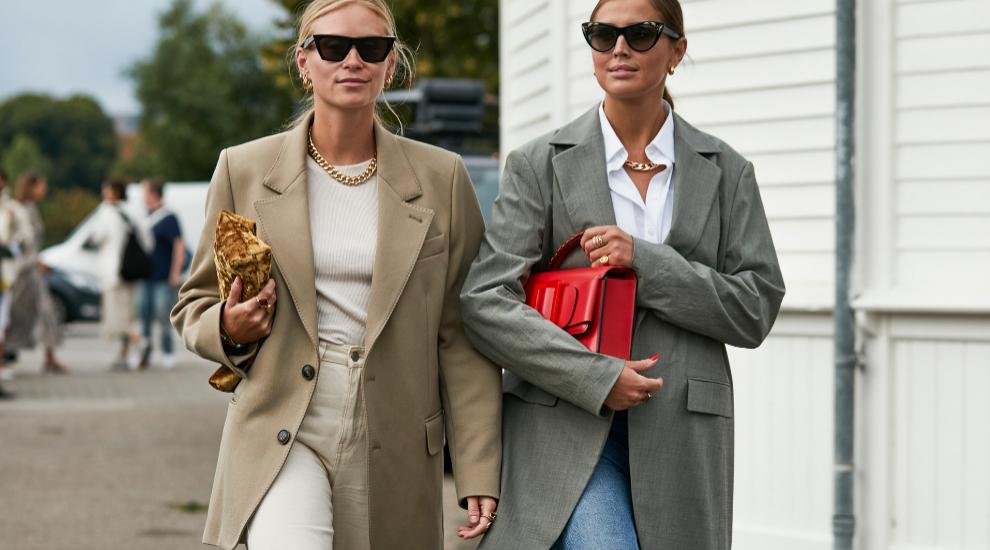 Dos<em> insiders </em>nórdicas con sus respectivas <em>blazers</em>...