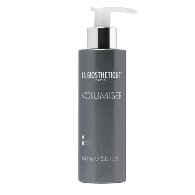 Volumiser, de La Biosthetique (29,50 euros). Aplica la mínima cantidad de forma uniforme sobre el pelo húmedo antes de secarlo.