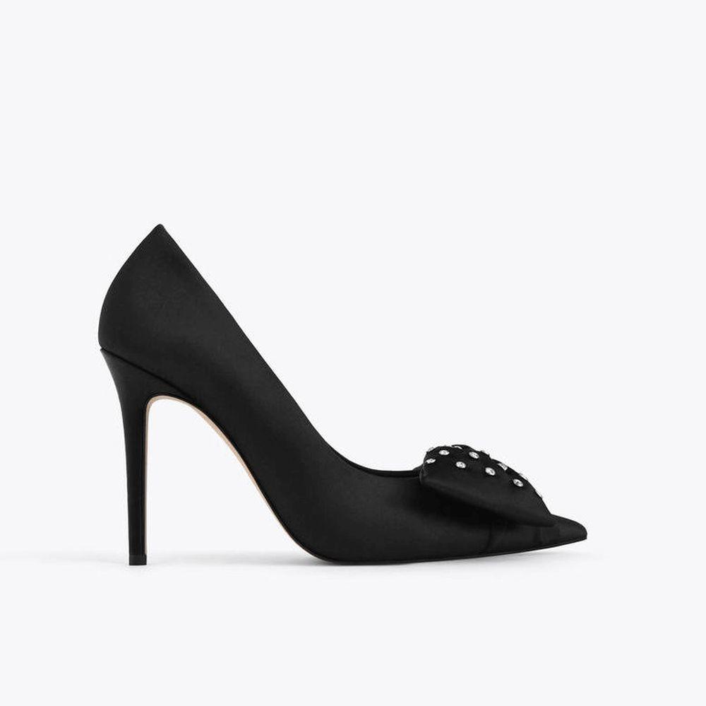 Zapatos de tacón, de Uterqüe.