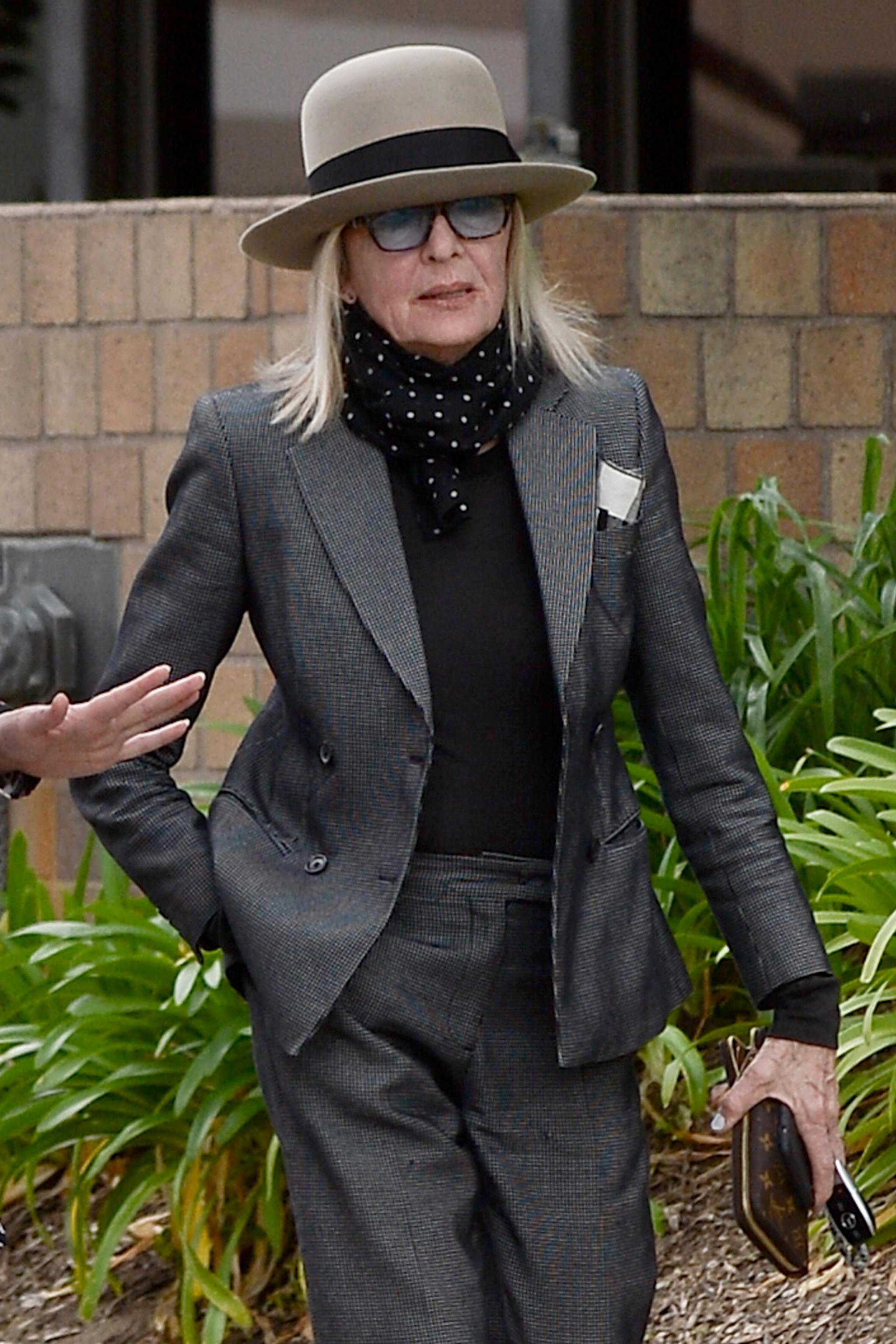 Diane Keaton siempre apuesta por trajes masculinos en sus looks.