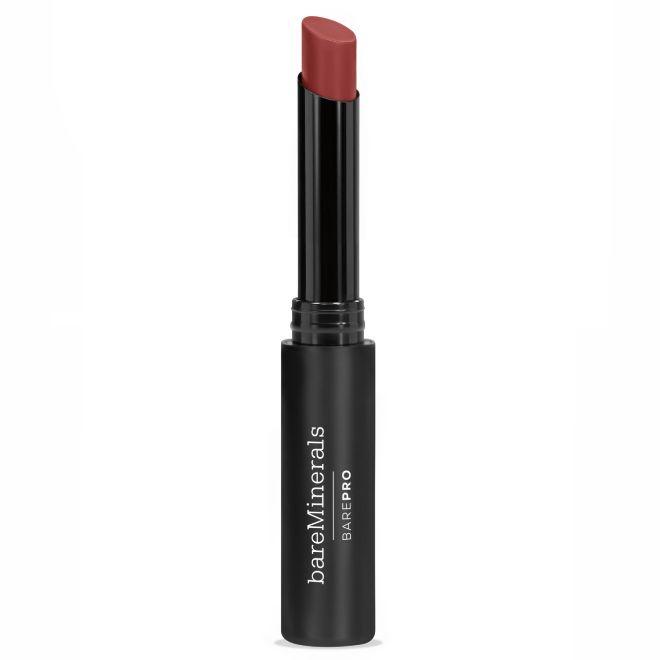 BarePro Longwear Lipstick, de bareMinerals (24 euros,en Primor y Arenal). Este labial en tono Masala demuestra que las referencias de color de la marca van más allá de los pigmentos neutros.
