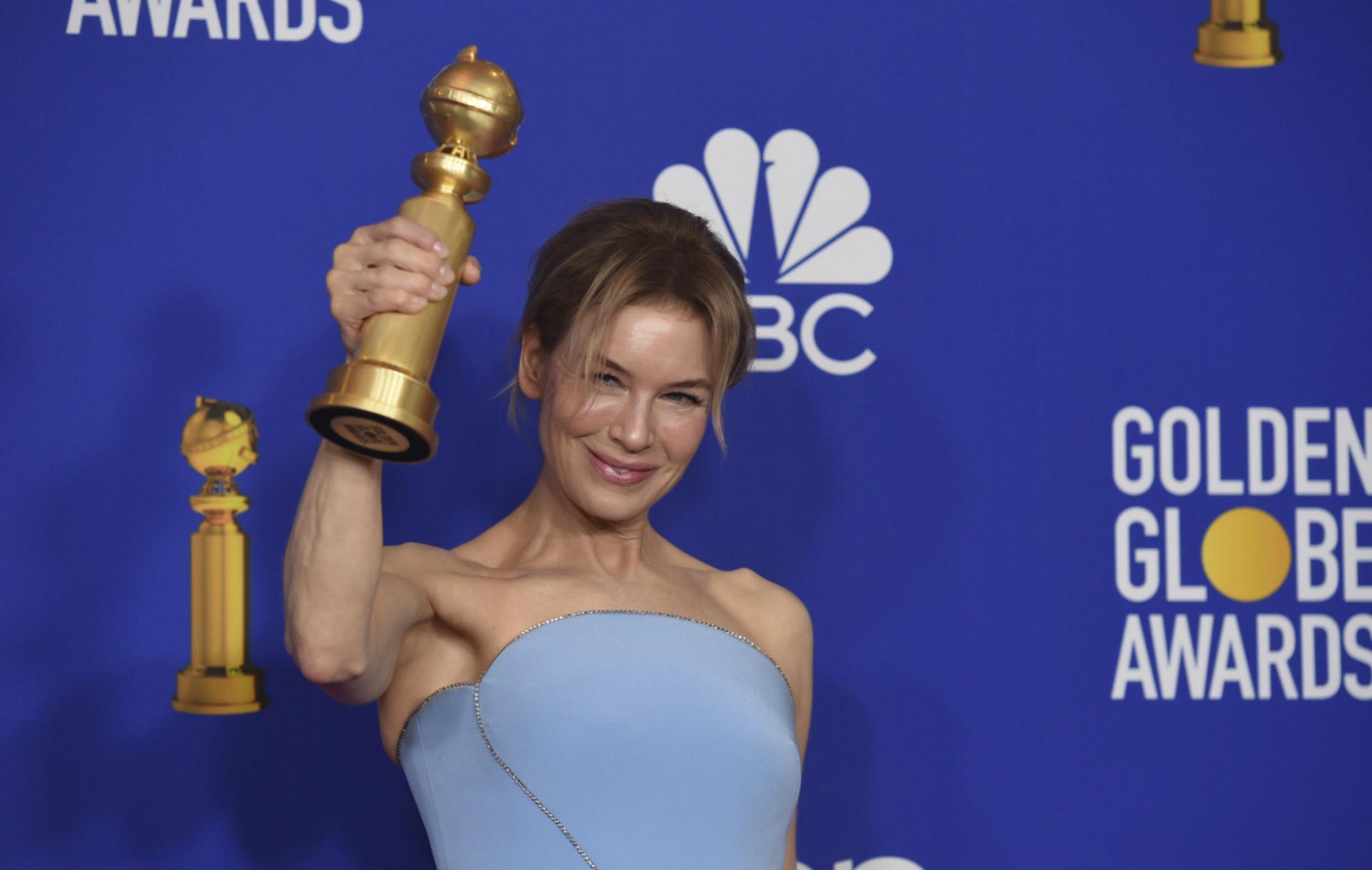 La intérprete Renée Zellweger en la 77 edición de los Globos de...