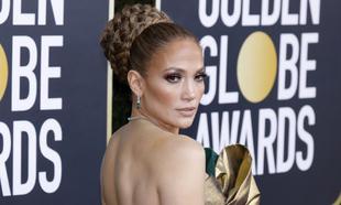 Jennifer Lopez en la alfombra roja de los Globos de Oro