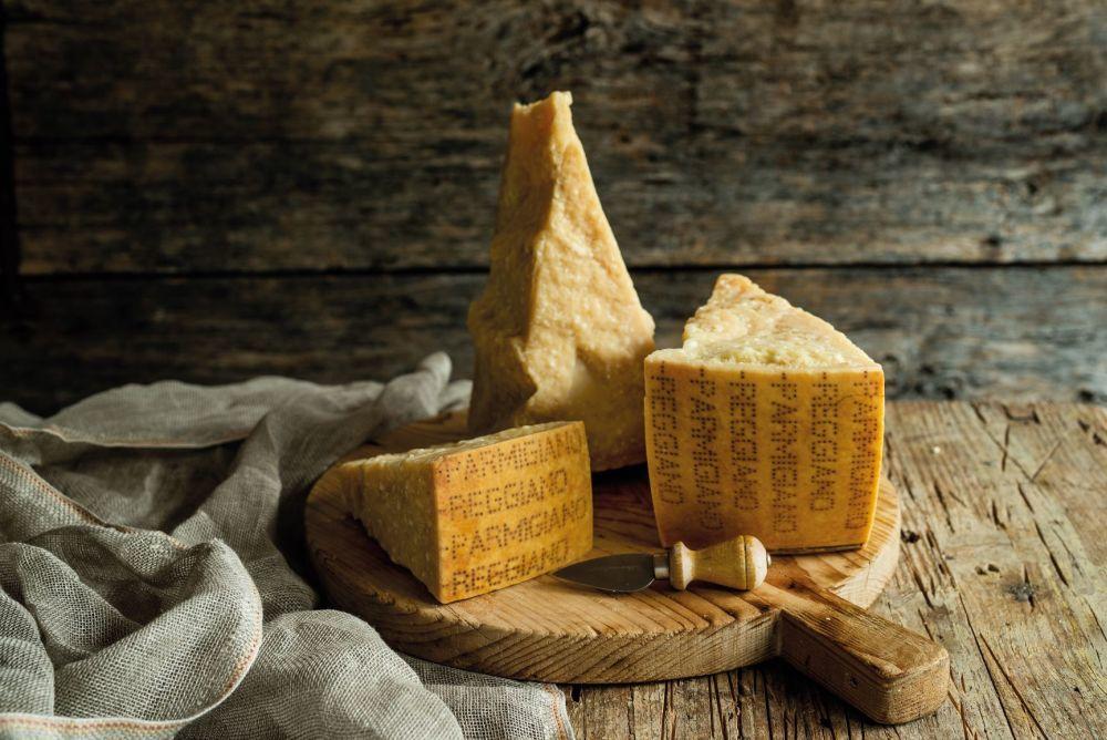 Queso Parmigiano Reggiano, en Antica Moka (Modena, Italia)