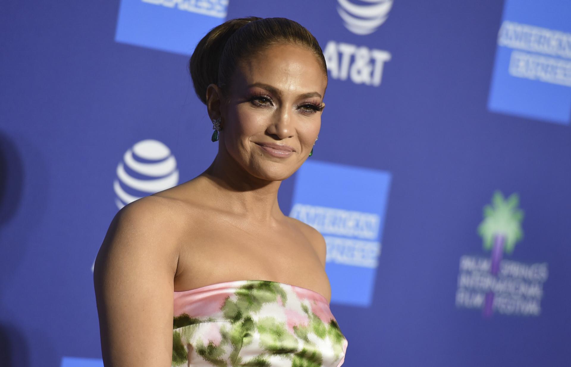 La actriz y cantante Jennifer Lopez en el Festival Internacional de...