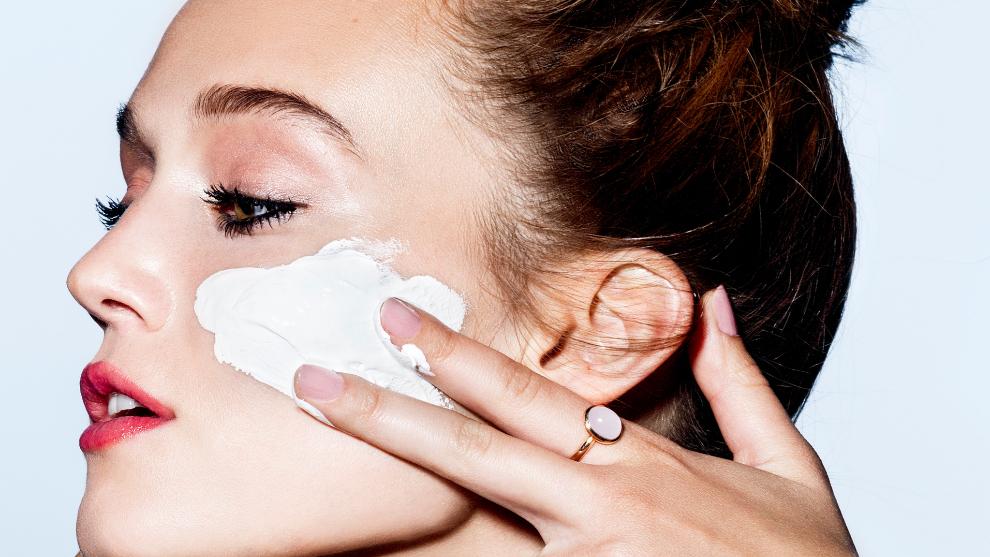 Cremas para la flacidez del rostro: los expertos nos explican si...