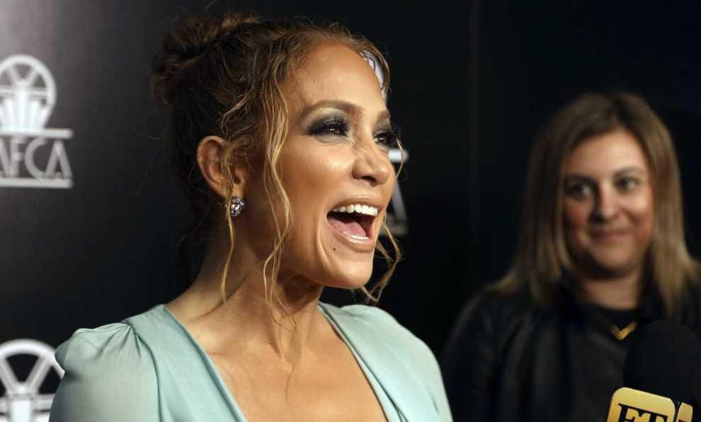 Jennifer Lopez en la gala LAFCA, en Los Ángeles.