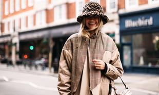 Los sombreros en invierno se llevan con mucho estilo -y si son...