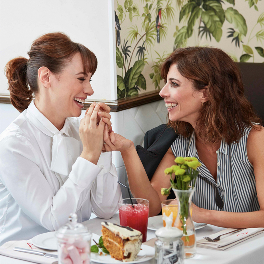 Comer es un acto social que no tenemos por qué descuidar.