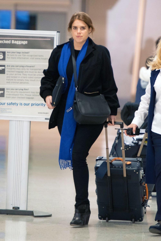 Eugenia de York en el aeropuerto de Nueva York.