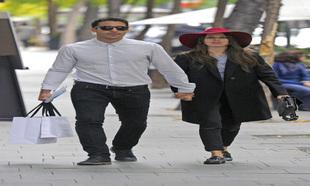 Los actores Miguel Ángel Silvestre y Blanca Suárez en las calles de...