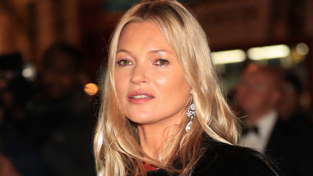 Uno de los secretos para una piel más luminosa de Kate Moss está en sus tratamientos de lujo para la piel.