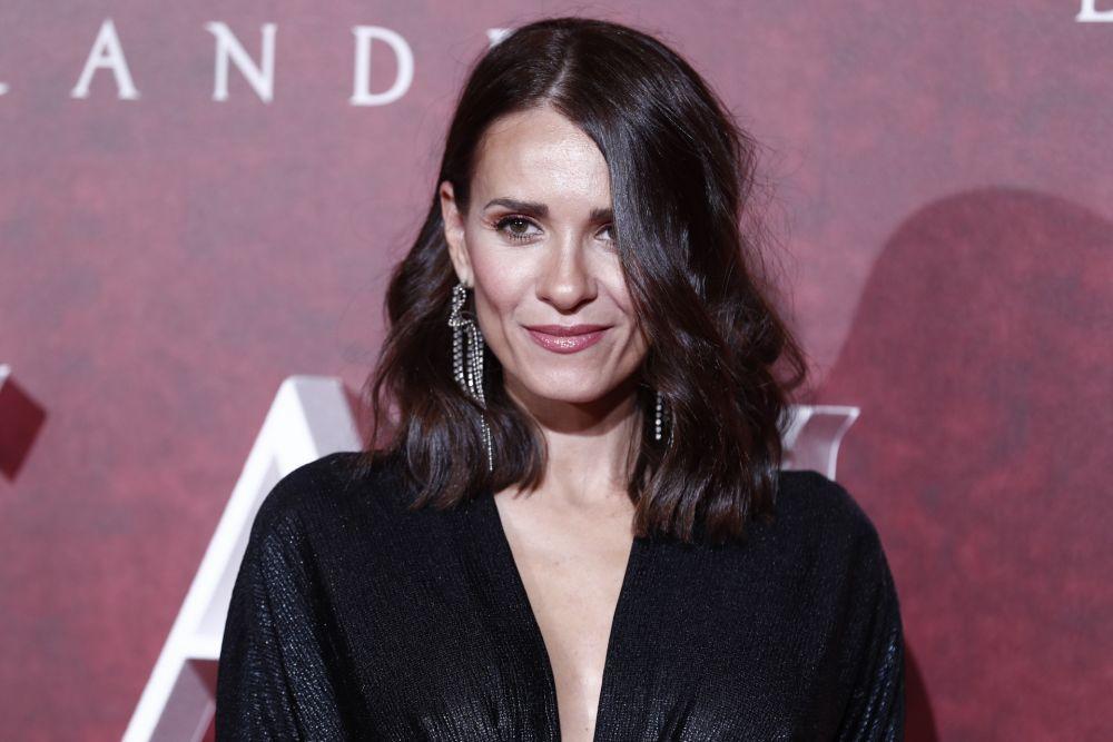 La actriz Elena Ballesteros, otra de las incondicionales de los Premios Goya es fan del tratamiento TempSure que estimula el colágeno y la elastina de la piel.