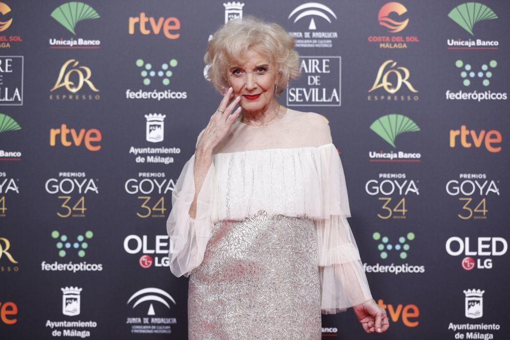 Marisa Paredes vestida de Juan Duyos