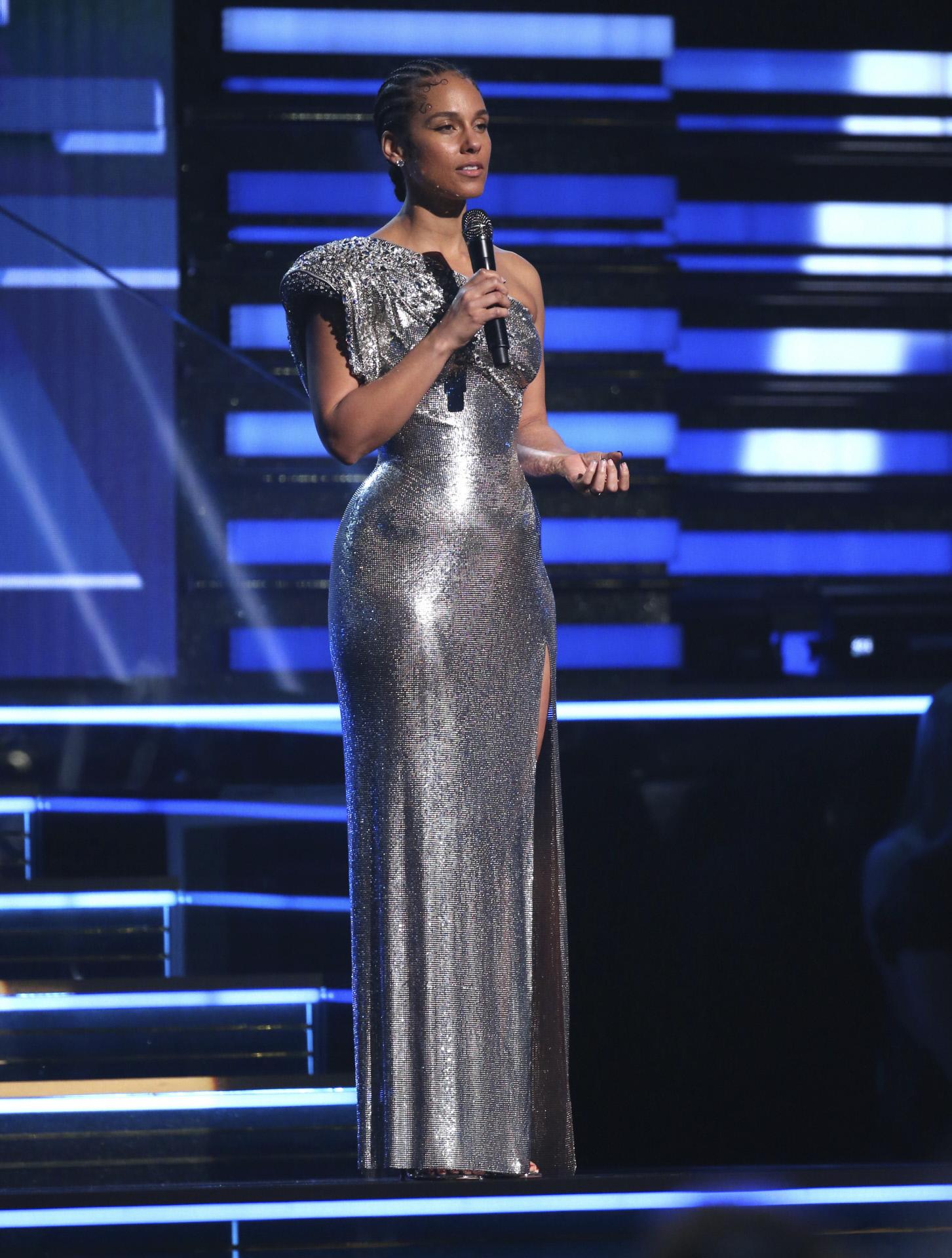 La cantante Alicia Keys dedica unas palabras a Kobe Bryant y su familia