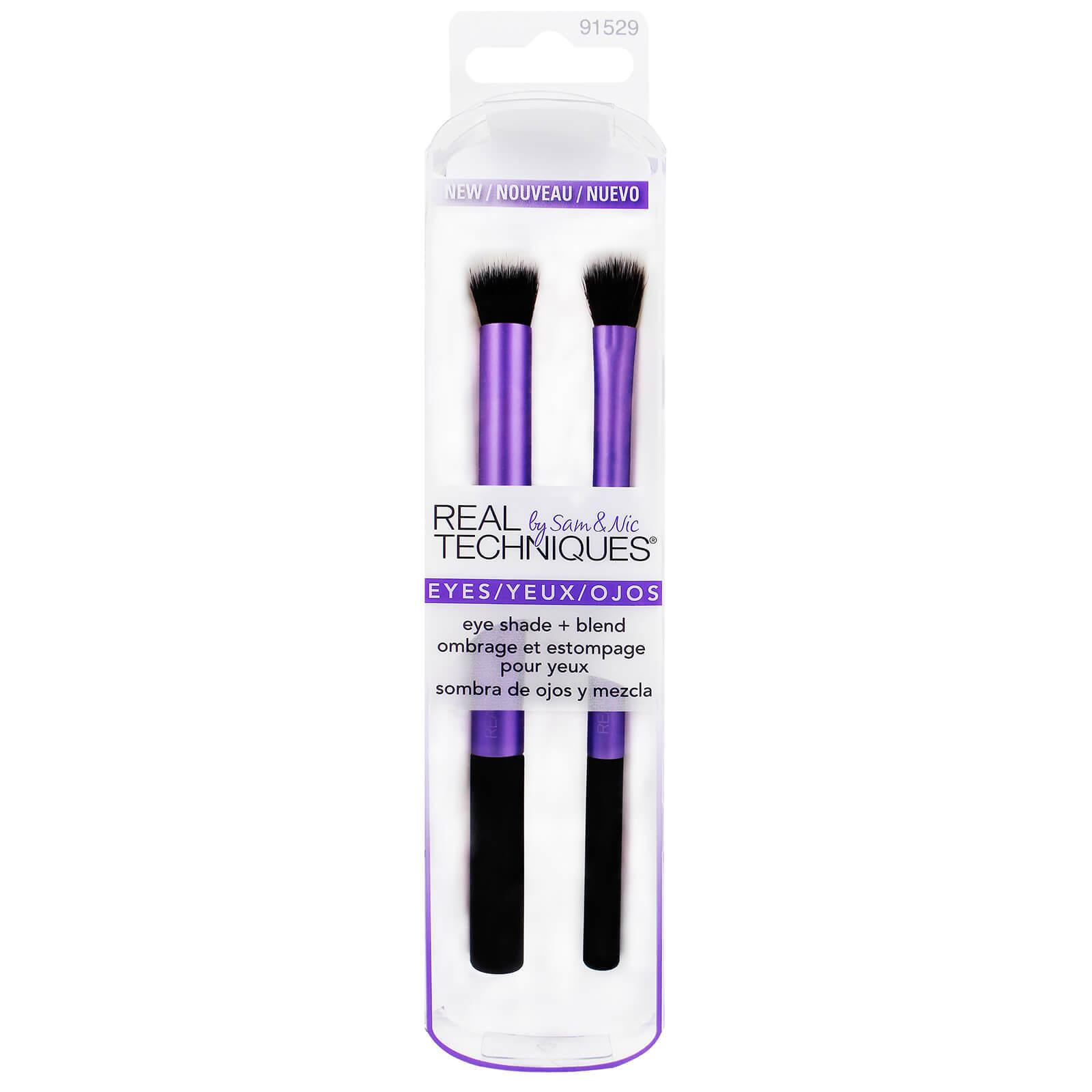 Brochas para maquillaje de ojos Eye Shade + Blend de Real Techniques