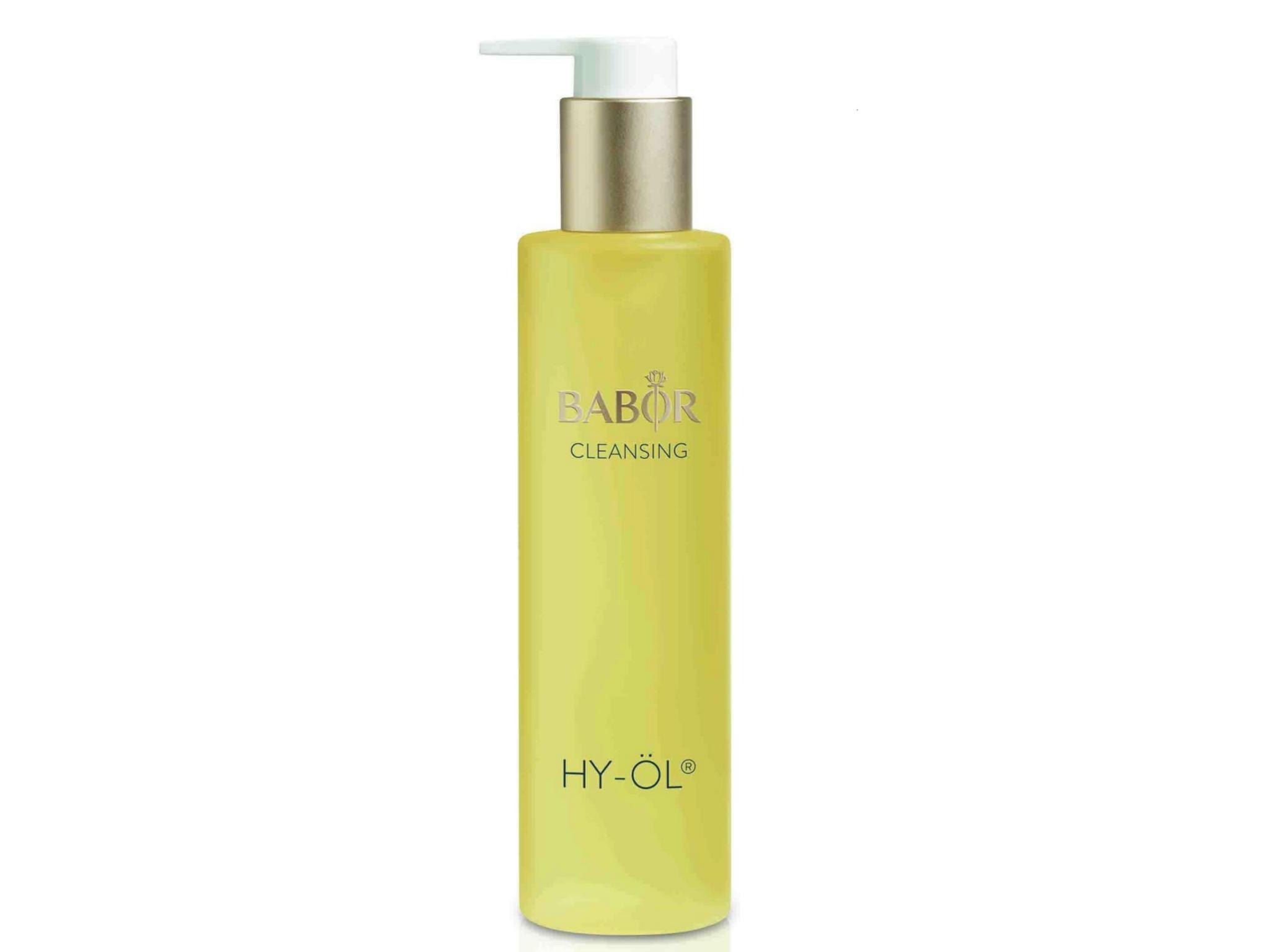 Aceite limpiador HY-ÖL, Babor. Elaborado con aceites naturales de soja, sésamo y cacahuete. Para todo tipo de piel. 26 euros.