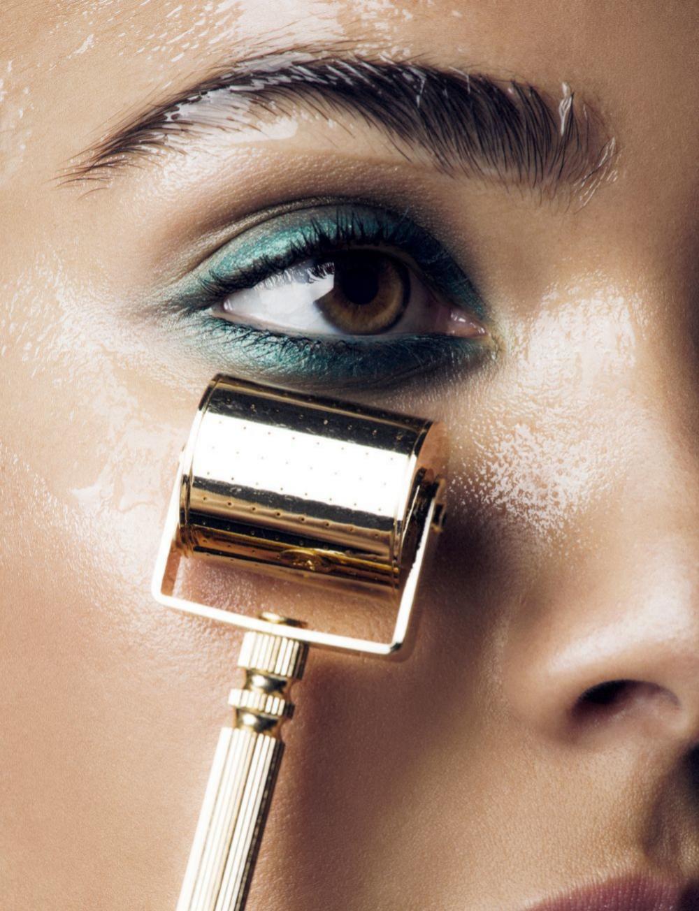 Los masajeadores faciales estimulan la circulación del rostro.