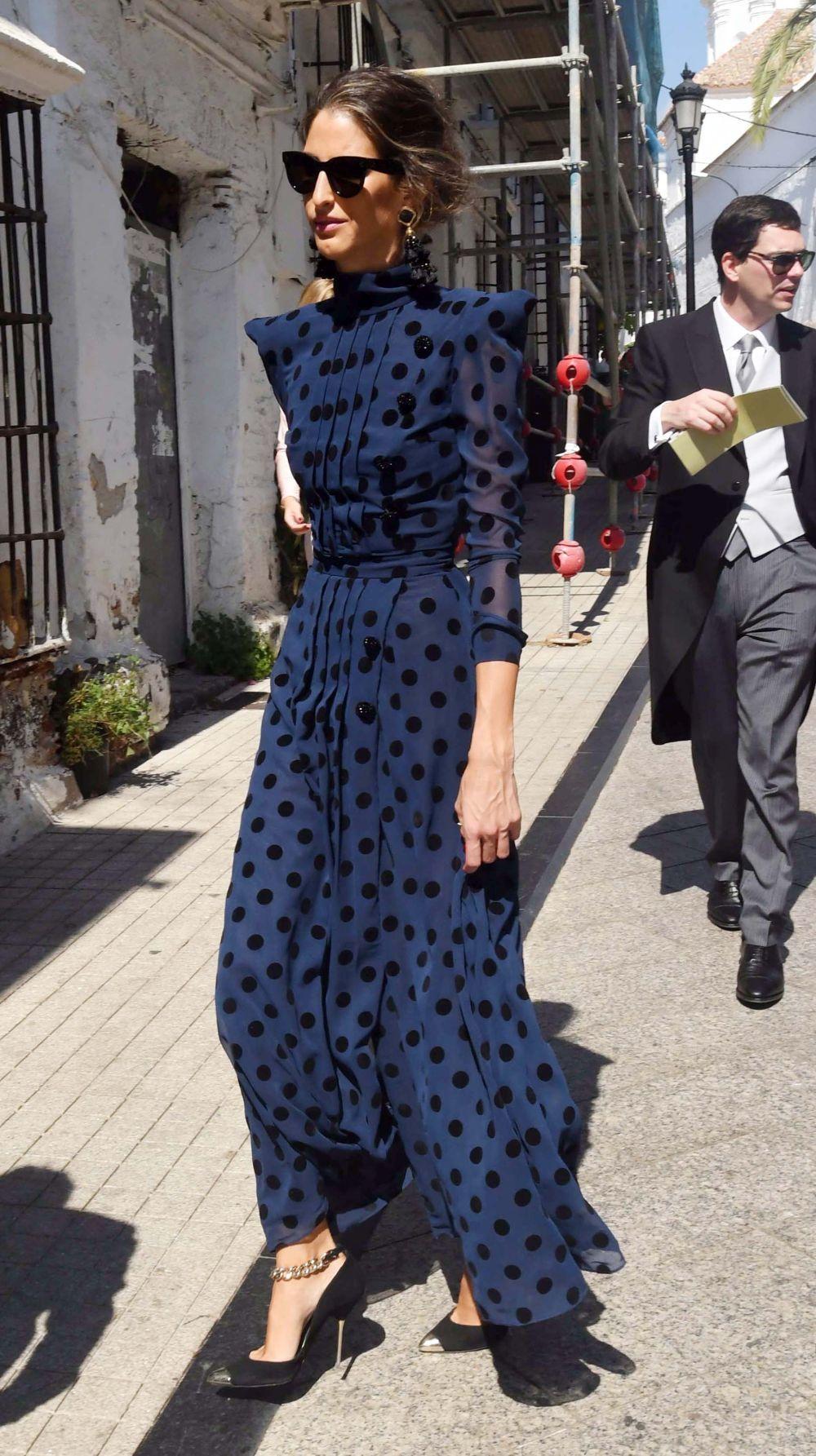 Inés Domecq con un vestido de Roberto Diz.