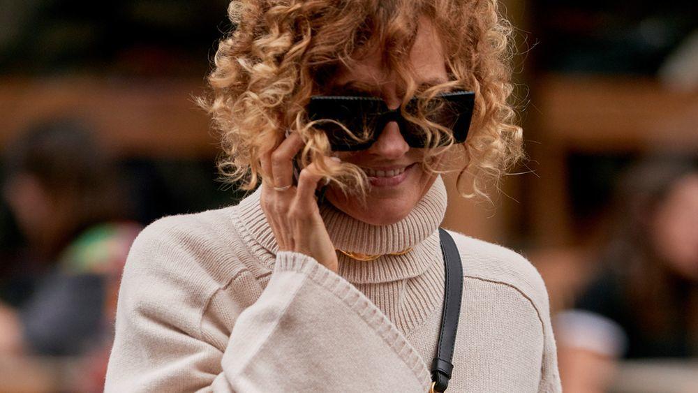 El corte de pelo bob con mechas multidimensionales es otro de nuestros peinados favoritos del street style de Londres.