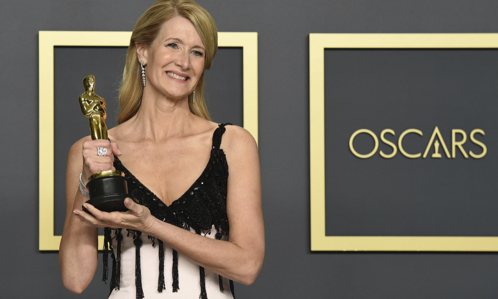 Laura Dern ha ganado el Oscar a Mejor Actriz Secundaria por su papel...