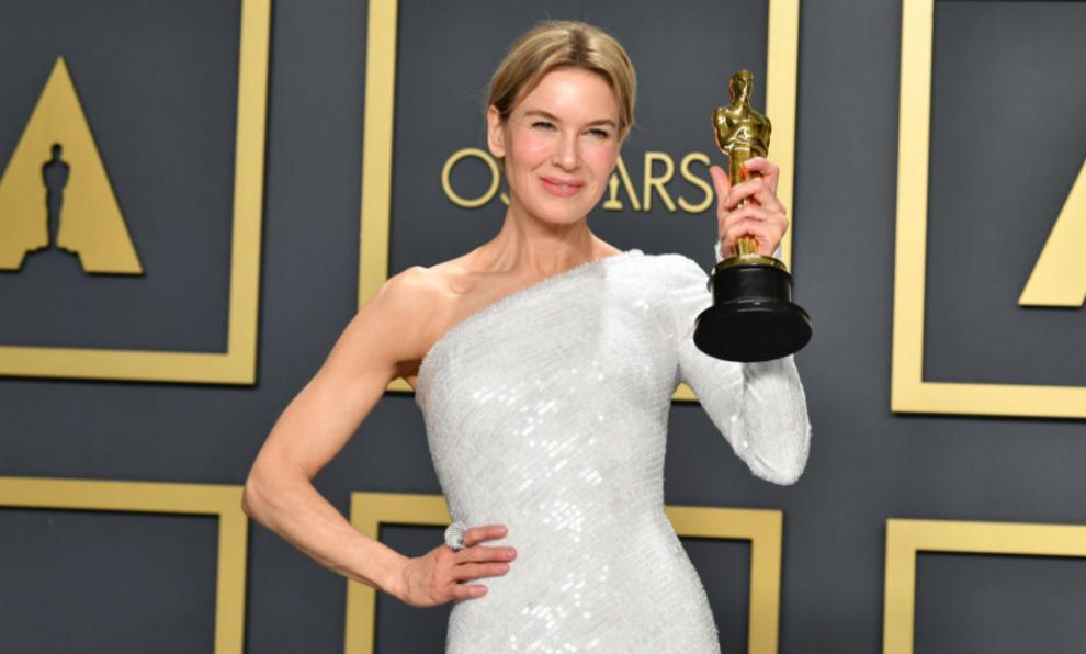 Renée Zellwege ha ganado el Oscar a Mejor Actriz por su papel en...