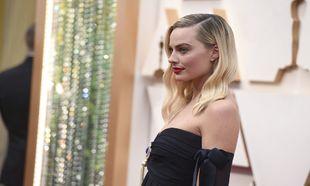 Margot Robbie  vestida de Chanel vintage