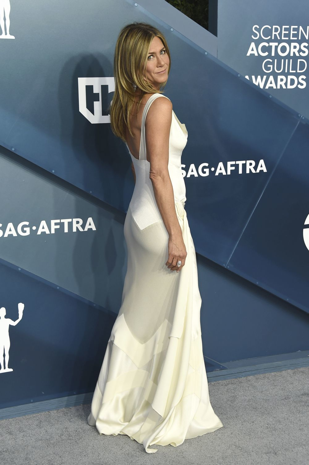 Aniston con un diseño vintage de Dior.