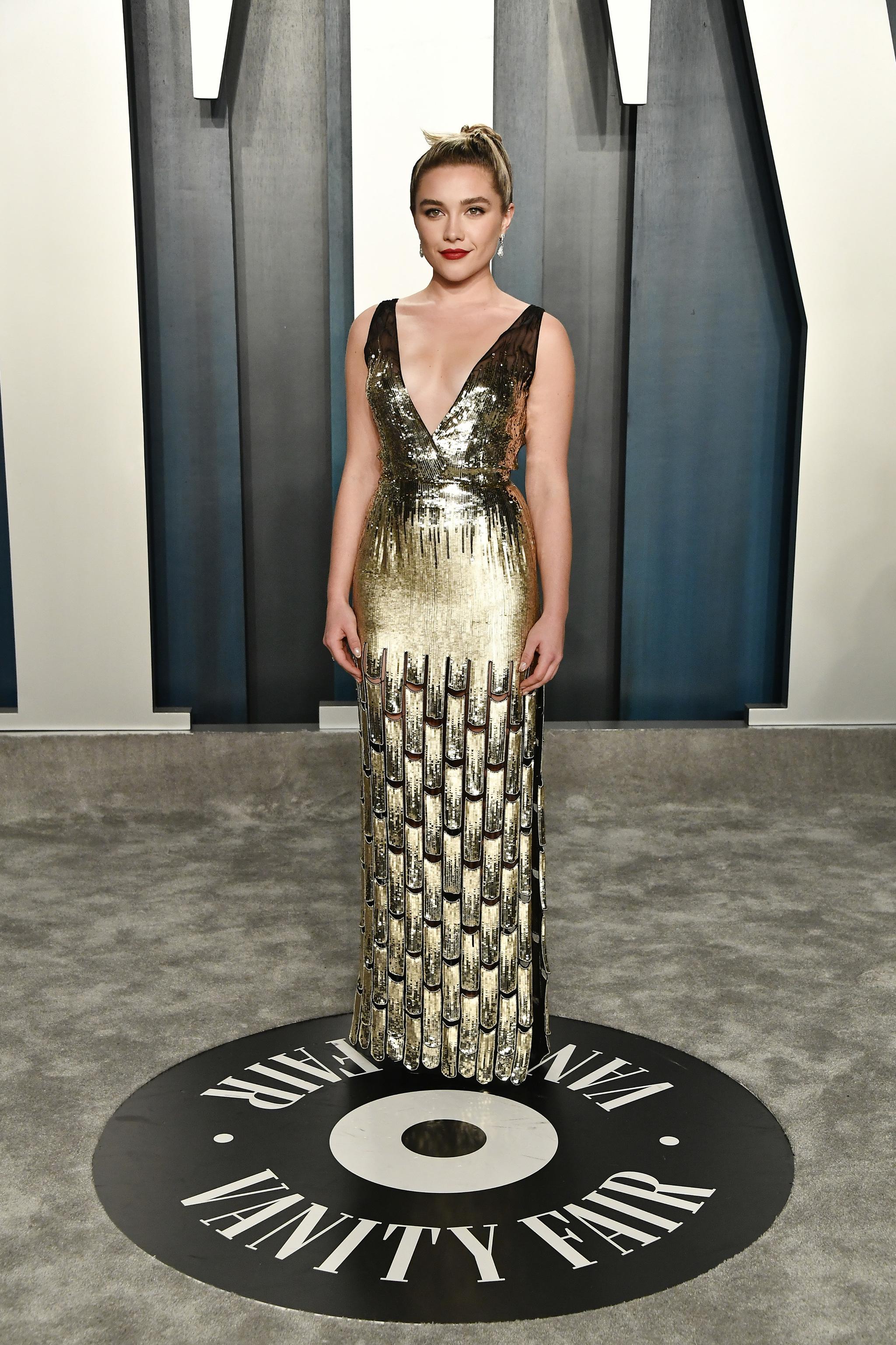 En la fiesta de Vanity Fair, con el segundo traje de Louis Vuitton