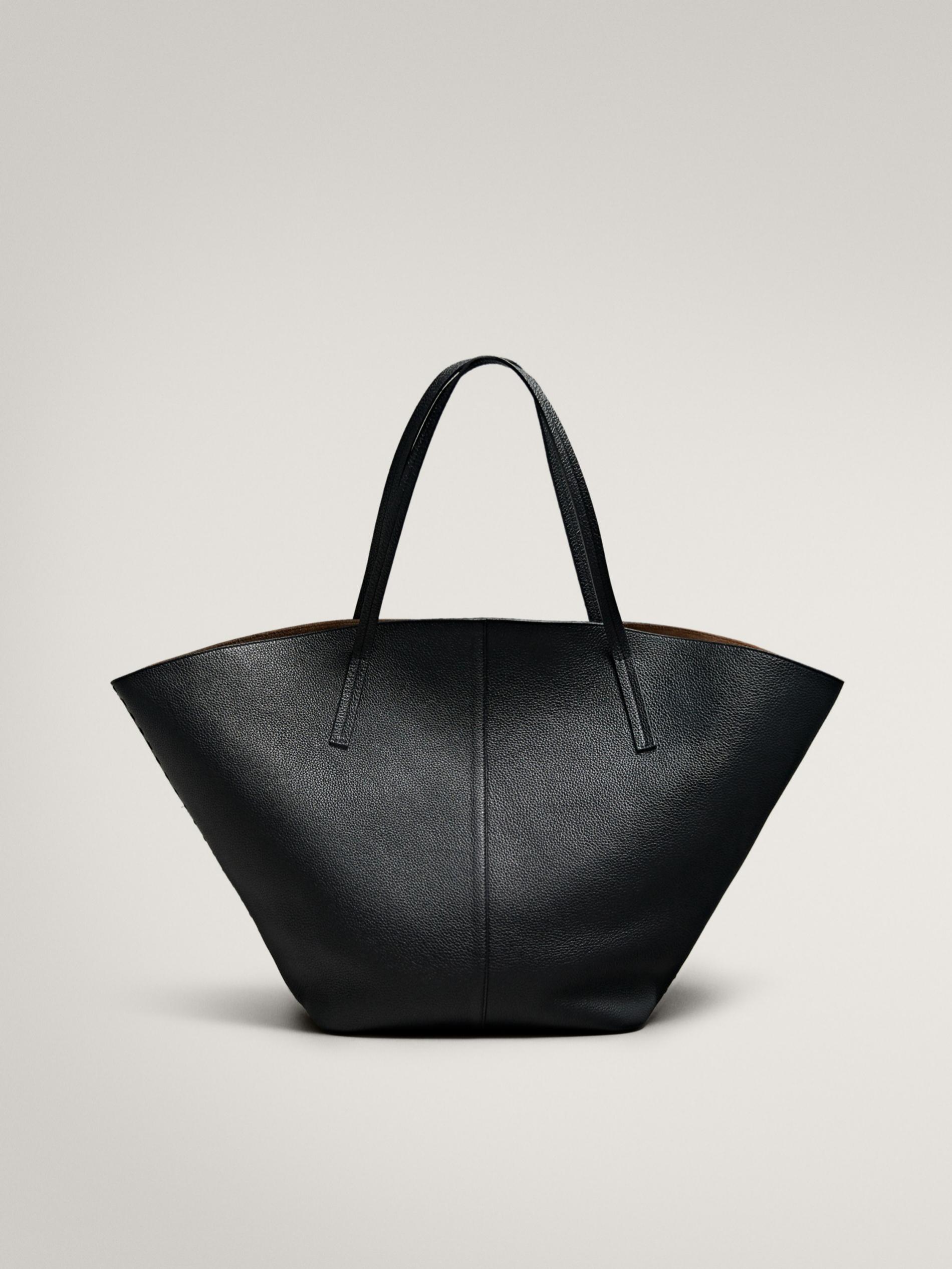 Bolso XL de piel en color negro de Massimo Dutti