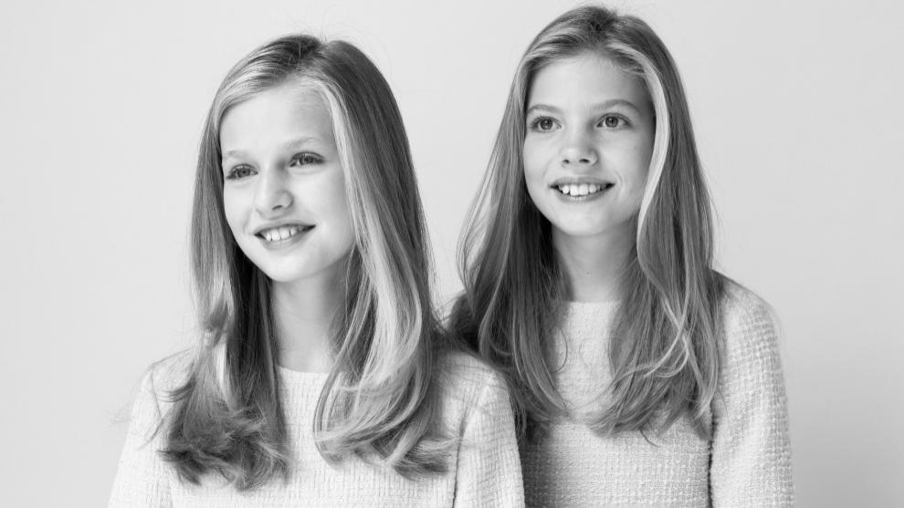 La princesa Leonor y la infanta Sofía, juntas en su nuevo retrato...