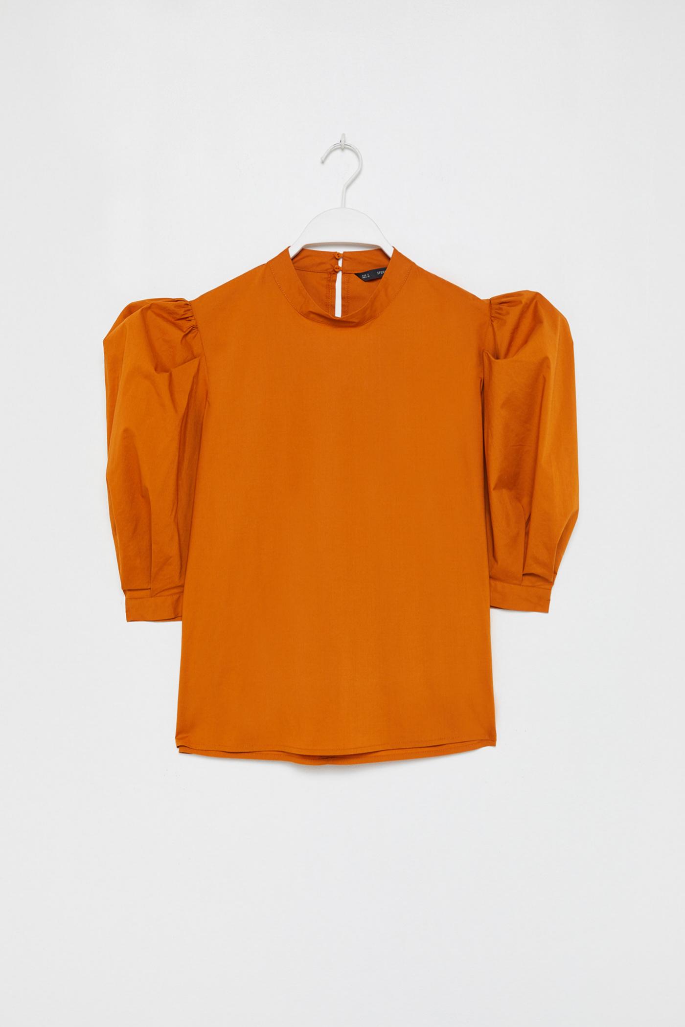 Blusa de popelín con cuerpo globo en color naranja de Sfera (25,99¤)