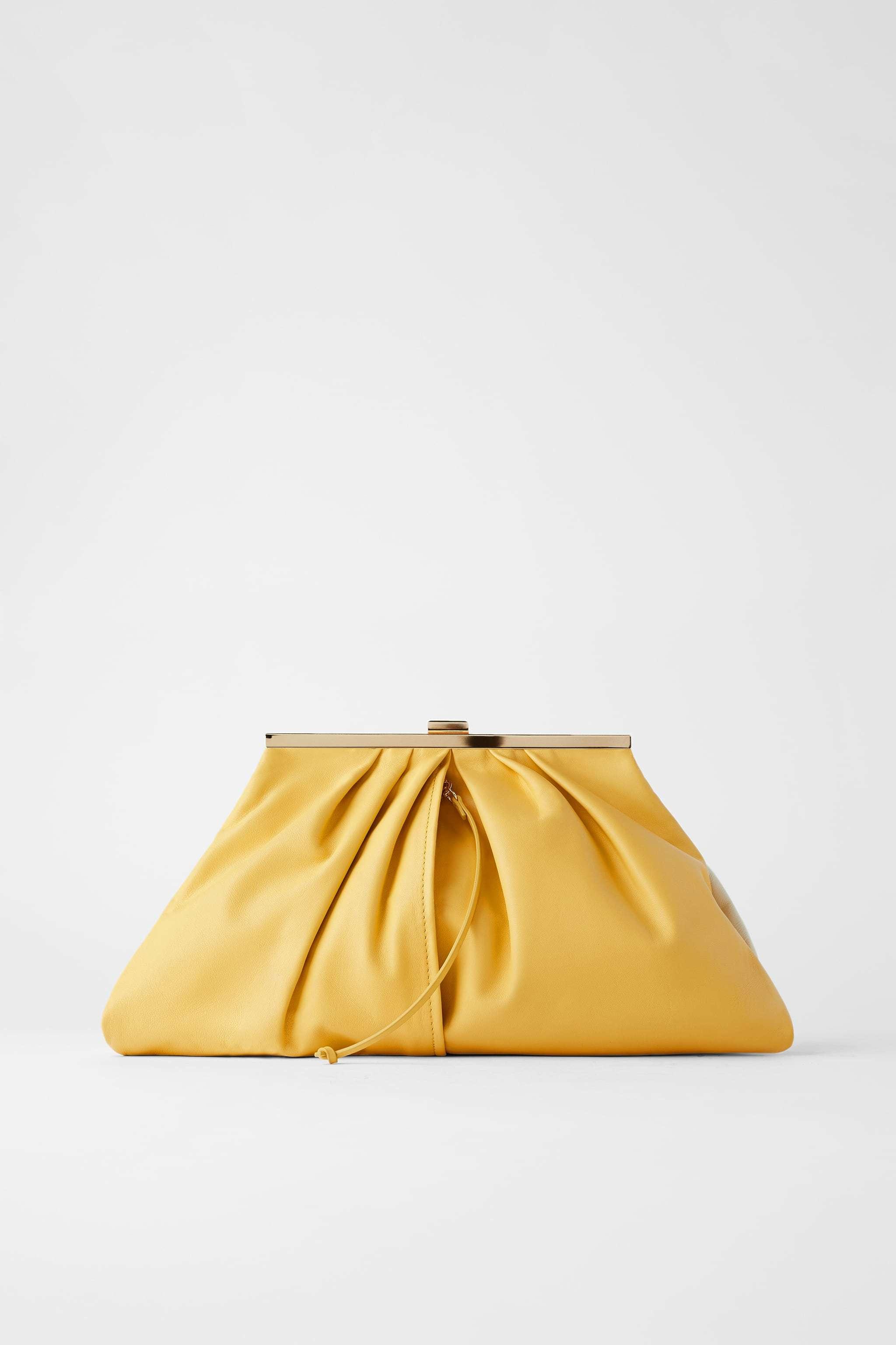 Cartera de Zara, 69,95 euros.