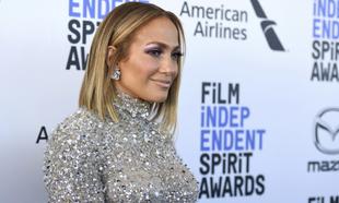 La cantante Jennifer López en los Premios Independent Spirit