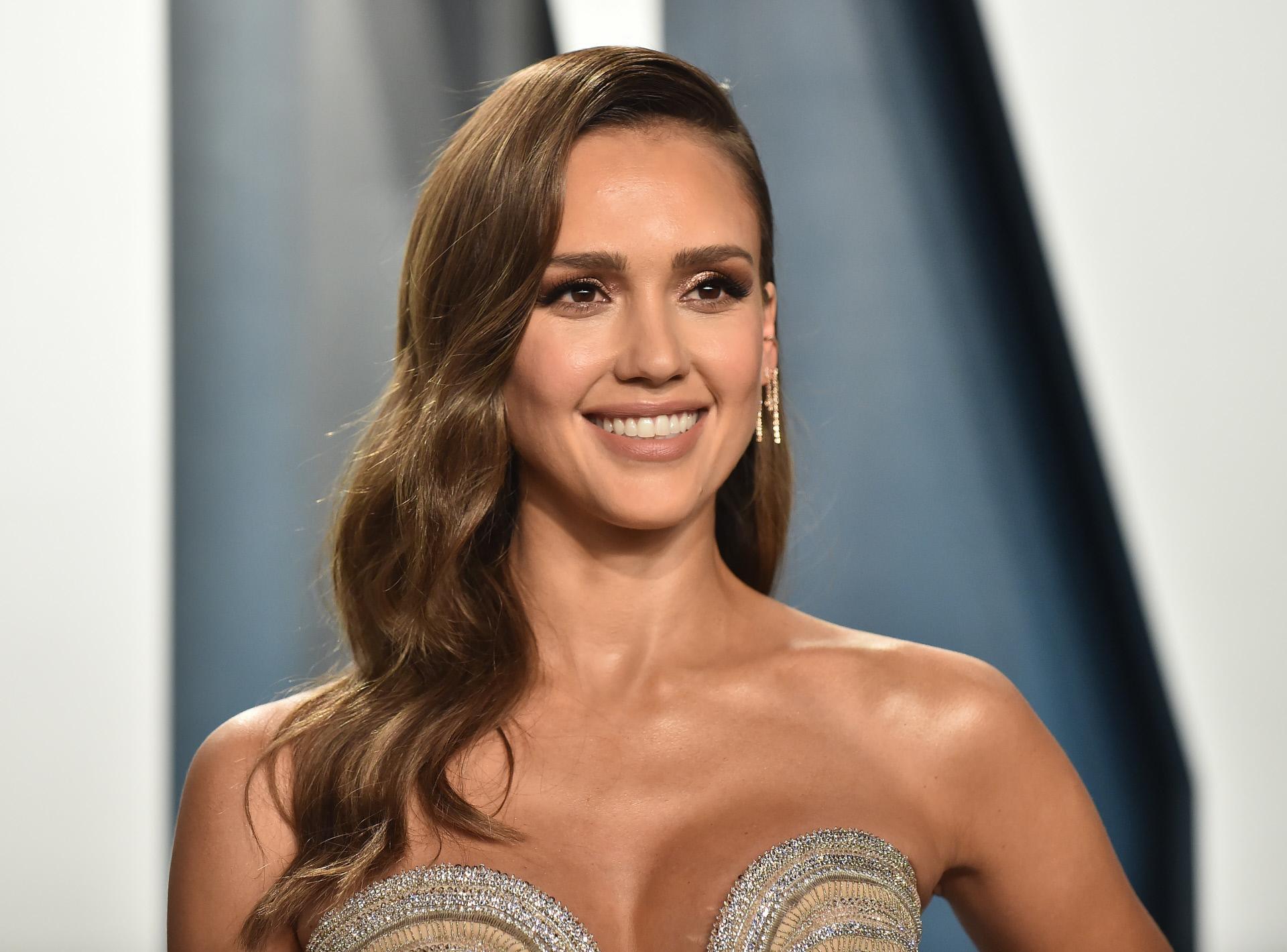Jessica Alba en la gala de los Premios Oscar 2020.