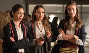 Mina El Hammani, Danna Paola y Claudia Salas en Élite
