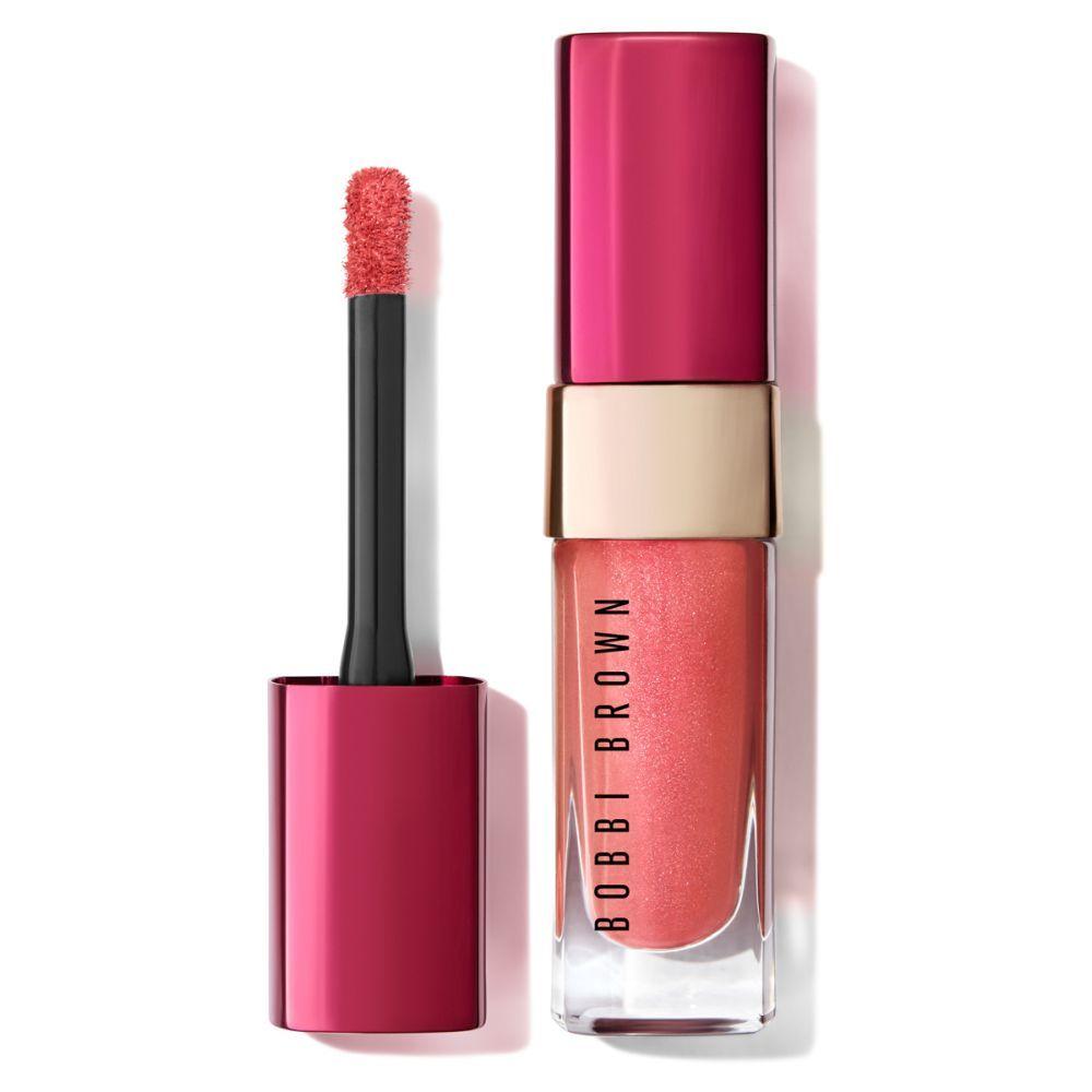 Barra de labios Luxe Liquid Lip Pink Crystal de Bobbi Brown (37 euros) para llevarlo sólo o sobre un lápiz labial para transformar tus labios.