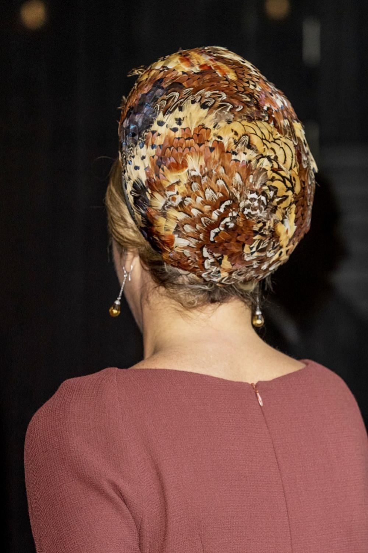 Detalle del casquete de la reina.