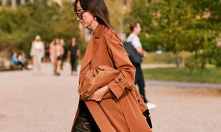 El abrigo trench es un indispensable esta temporada (y siempre)