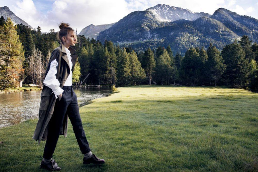 Salir a caminar y disfrutar de la naturaleza tiene infinidad de...