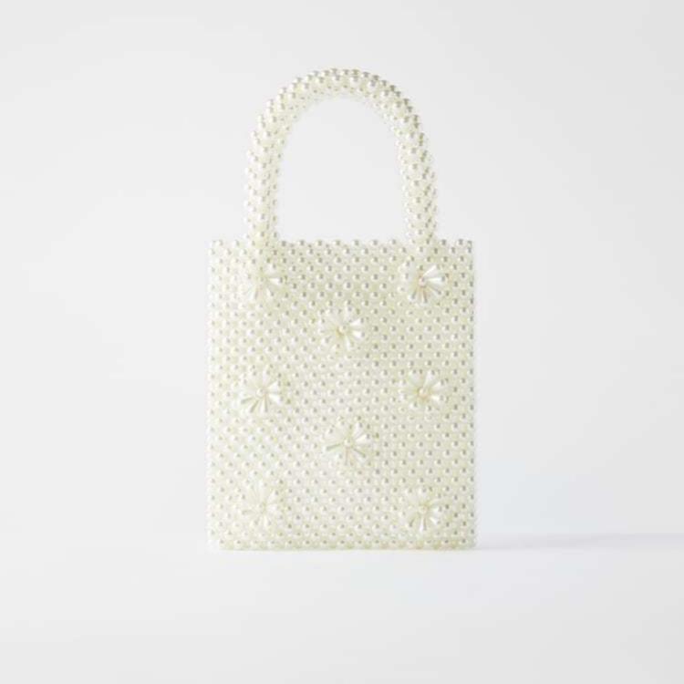 Bolso tipo saca de perlas (29,95 euros)