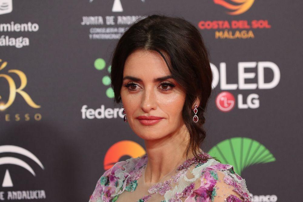 En los Premios Goya de 2020, Penélope apostó por un labial con matices rosas como LAbsolu Rouge Ruby Cream de Lancôme.
