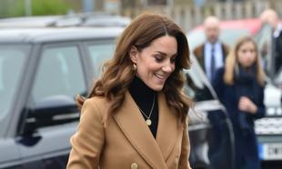 La <strong>duquesa de Cambridge</strong> está impecable con este...