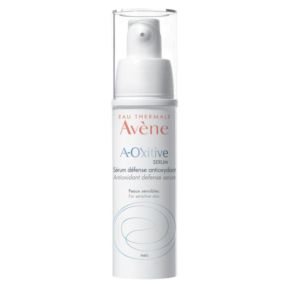 Sérum de defensa antioxidante A-Oxitive con vitamina C de Avène (40,56 euros) con vitaminas C y E.