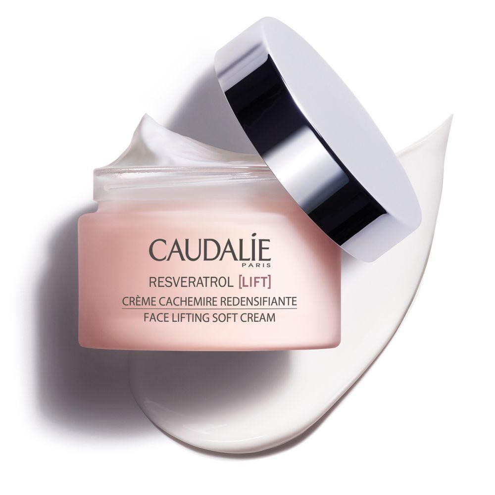 Crema Cachemir Redensificante Resveratrol Lift de Caudalie (43,70 euros) redensifica e ilumina la piel a diario.