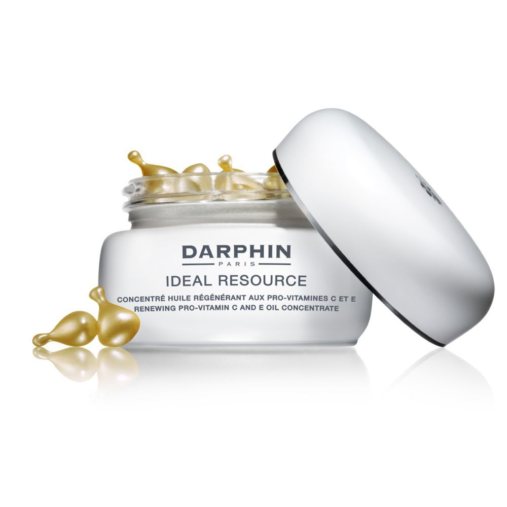 Concentrado de Aceite Renovador Ideal Resource con Provitaminas C y E de Darphin (90 euros) con aceites botánicos de mosqueta y argán y vitaminas C y E que aportan luminosidad a la piel a corto y largo plazo.