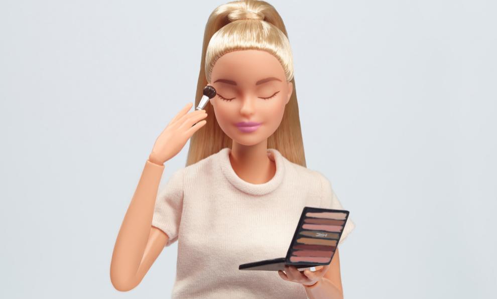 Barbie presenta su colección de labiales con M·A·C Cosmetics