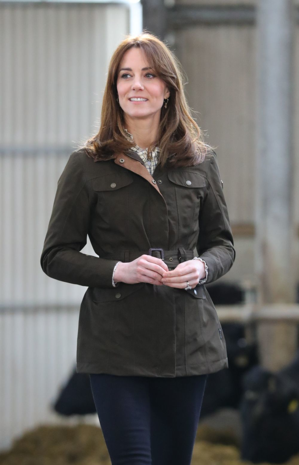 Kate Middleton apuesta por ligeras capas a ambos lados de su melena para dar movimiento a su pelo.