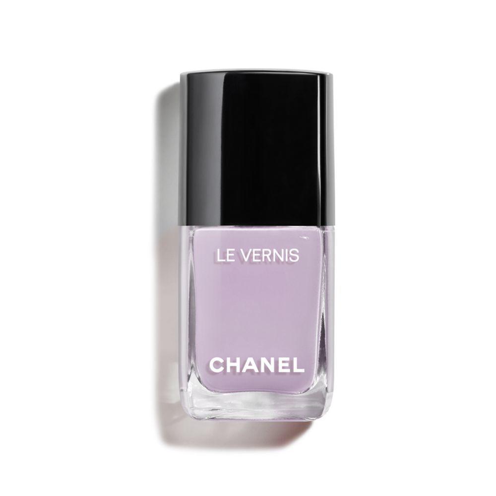 Laca de uñas Purple Ray de Chanel.